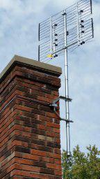 Chimney-Mount-w-TV-antenna